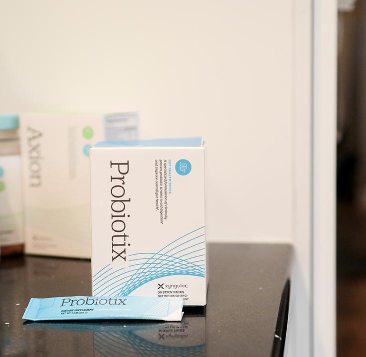 734x716_Xyngular_Probiotix_Product